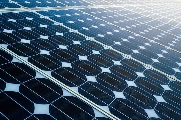 Beschaffenheit des sonnenkollektorhintergrundes der photovoltaikpanels Premium Fotos