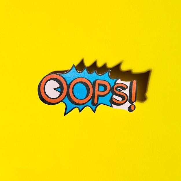 Beschriftung oops komische textklangeffekte auf gelbem hintergrund Kostenlose Fotos