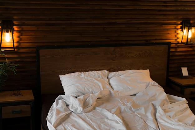 Bett für valentinstag eingerichtet Kostenlose Fotos