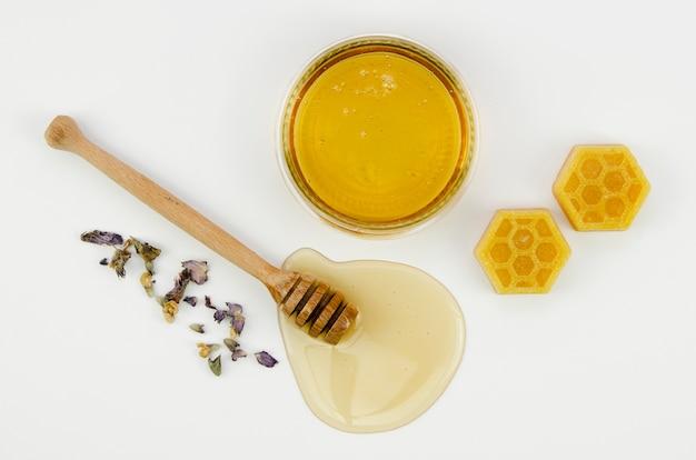 Bienenwachs mit honig betrachten Kostenlose Fotos