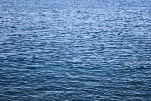 Blaue meeresoberfläche Premium Fotos