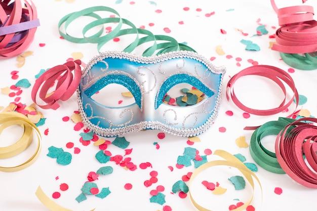 Blaue venezianische maske Premium Fotos