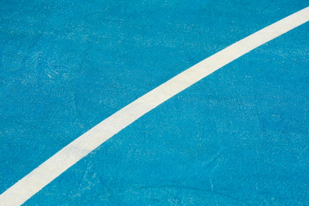 Blauer basketballplatz der nahaufnahme Premium Fotos