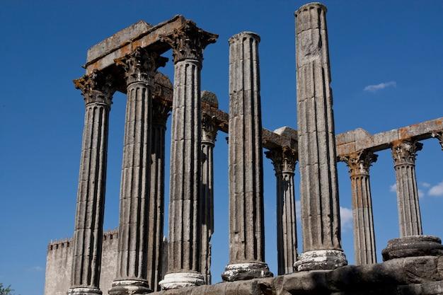 Blick auf den schönen tempel der diana Premium Fotos