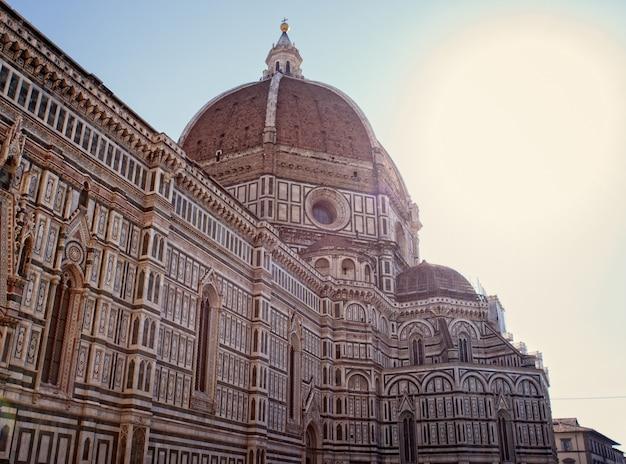 Blick auf die kathedrale von florenz Premium Fotos