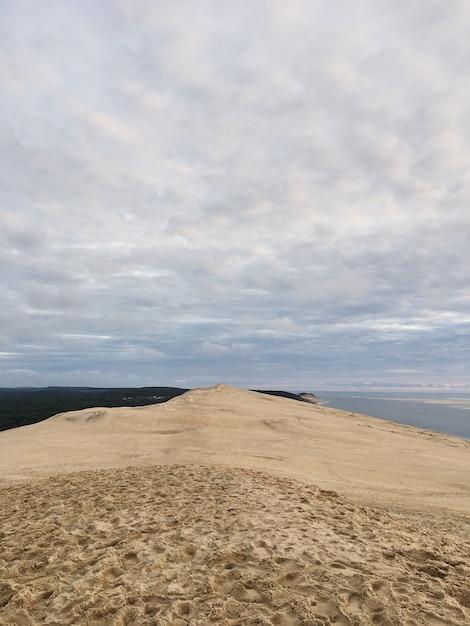 Blick von der düne von pyla, am höchsten in europa frankreichs Premium Fotos