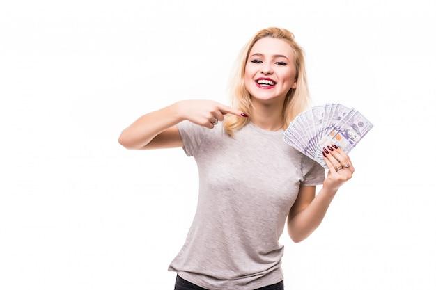 Blondie mit einem geldfan zeigt dir, wie reich sie ist Kostenlose Fotos