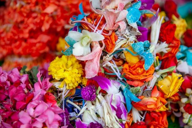Blumen für verkauf am blumenmarkt in singapur Premium Fotos