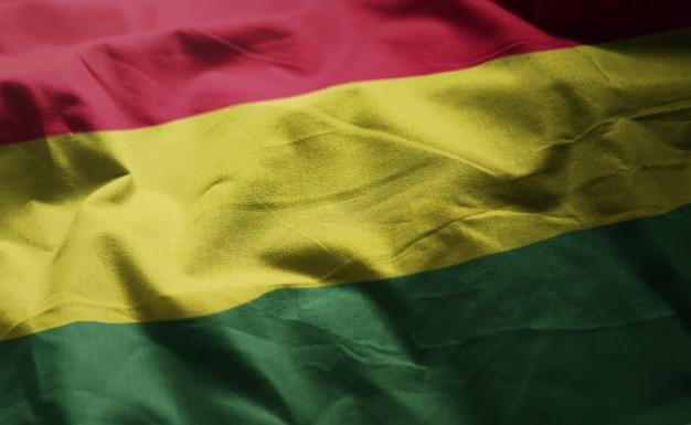 Bolivien-flagge nah oben zerknittert Premium Fotos
