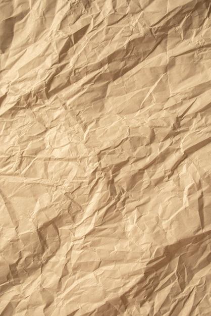 Braunes zerknittertes papier nah oben texturhintergrund Premium Fotos