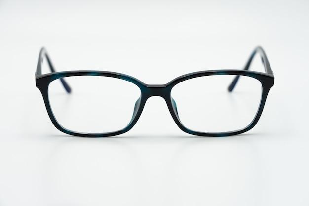 Brille der blauen augen mit glänzendem schwarzem rahmen Premium Fotos