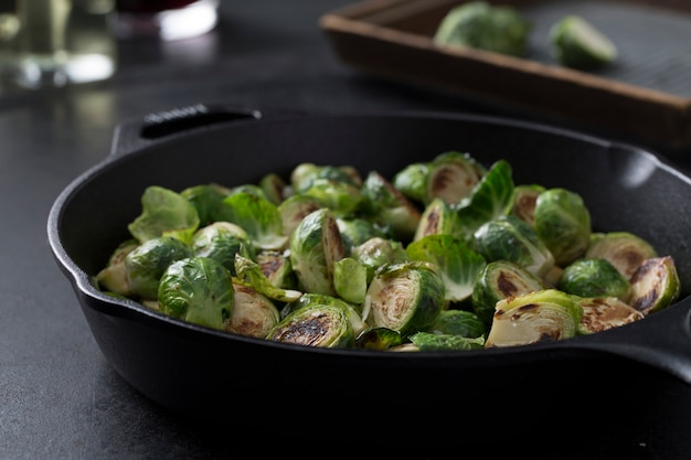 Brokkoli kochen Premium Fotos