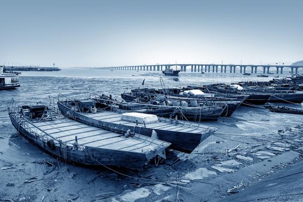Brücke über das meer Premium Fotos