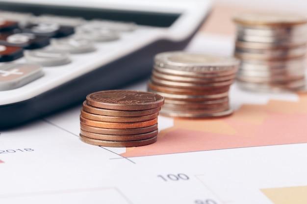 Buchhaltung im büro. business-finanz- und rechnungswesen-konzept Premium Fotos