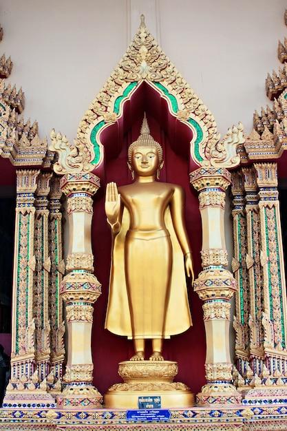 Buddha-statue in thailand Premium Fotos