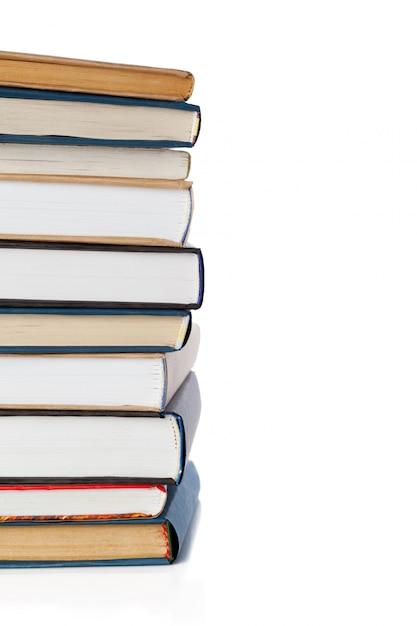 Bücher, isoliert auf weiss Premium Fotos