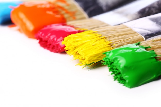 Bunte farben und pinsel Kostenlose Fotos