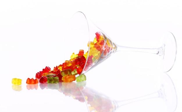 Bunte gummibärchensüßigkeiten im glas Kostenlose Fotos