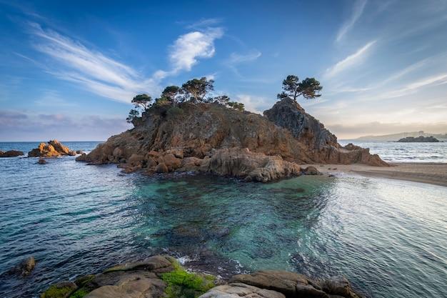 Cala cap roig landschaft der costa brava Premium Fotos