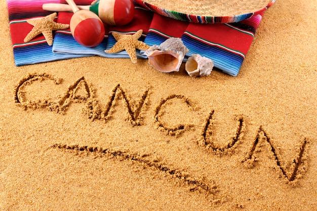 Cancun strandschreiben Premium Fotos