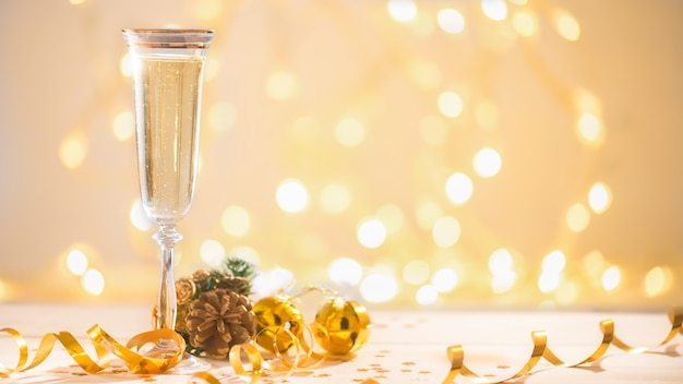 Champagne bereit, das neue jahr, weihnachtskarte, weihnachten herein zu holen Premium Fotos