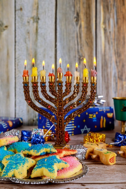 Chanukka-kerzen, jüdische feiertage Premium Fotos