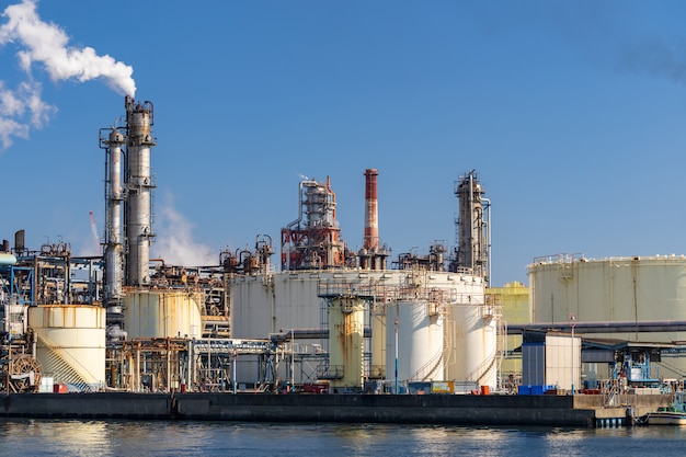 Chemiefabrik pflanze Premium Fotos