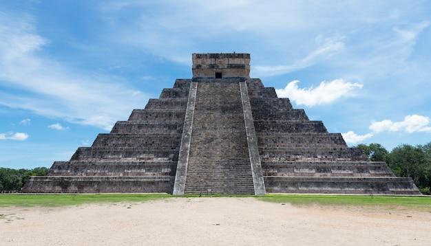 Chichen itza. archäologische ruinen in mexiko Premium Fotos