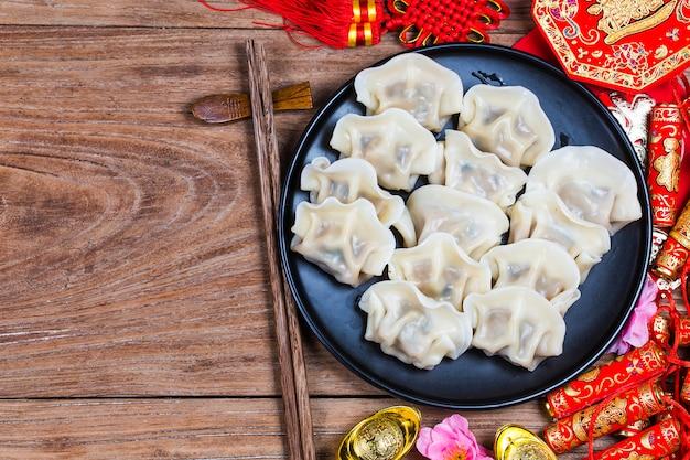 Chinesisches jiaozi-neujahressen Premium Fotos