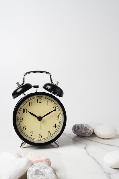 Clock vintage zum dekorieren Premium Fotos