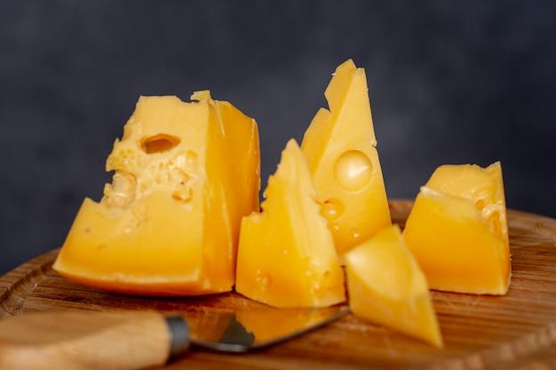 Close-up köstliche scheiben käse Kostenlose Fotos
