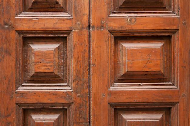 Close-up von antiken Holztür Kostenlose Fotos