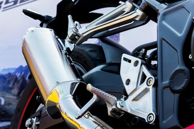 Closeup motorrad auspuffrohr Premium Fotos