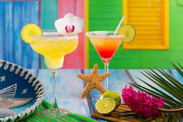 Cocktails mexikanische margarita und sex am strand Premium Fotos