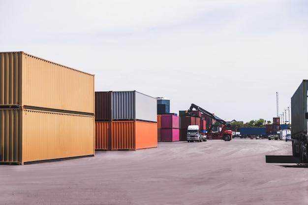 Containerladung Premium Fotos