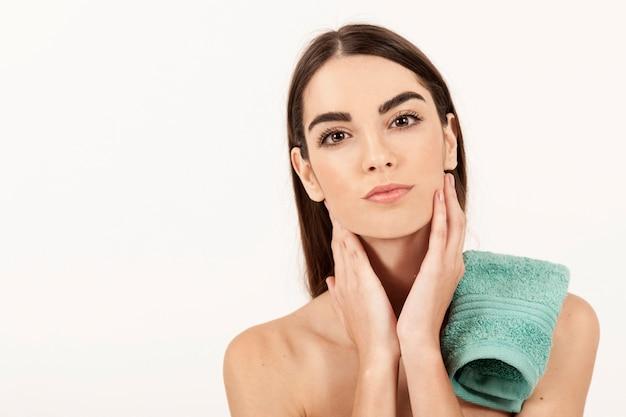Coole frau nach spa-behandlung Kostenlose Fotos