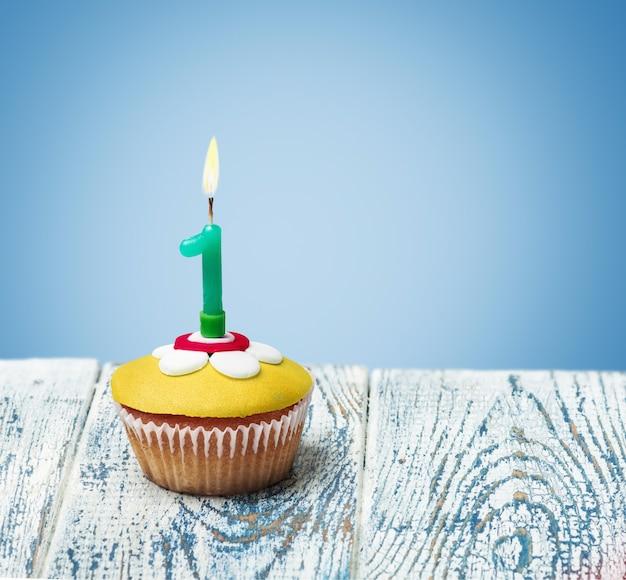 Cupcake mit der nummer eins Premium Fotos