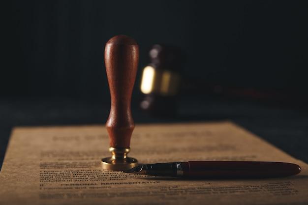 Das testament und das testament sind bereit zu unterschreiben Premium Fotos