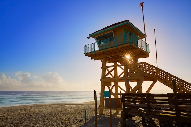 Daytona beach in florida baywatch-turm usa Premium Fotos