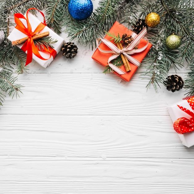 Dekorative Weihnachtskomposition Kostenlose Fotos