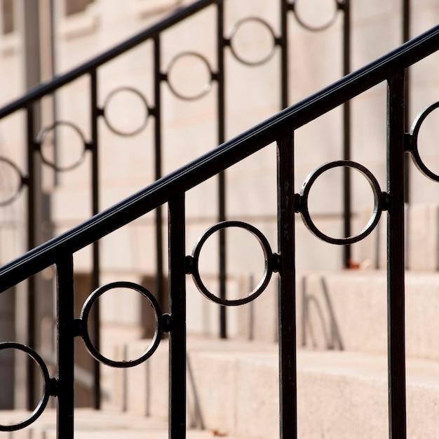 Dekoratives bannister auf treppenhaus in boston, massachusetts, usa Premium Fotos