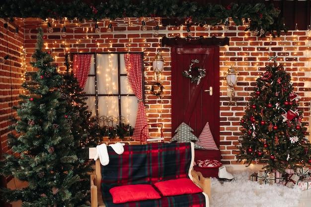 Dekoriertes studio mit weihnachtskonzept Kostenlose Fotos