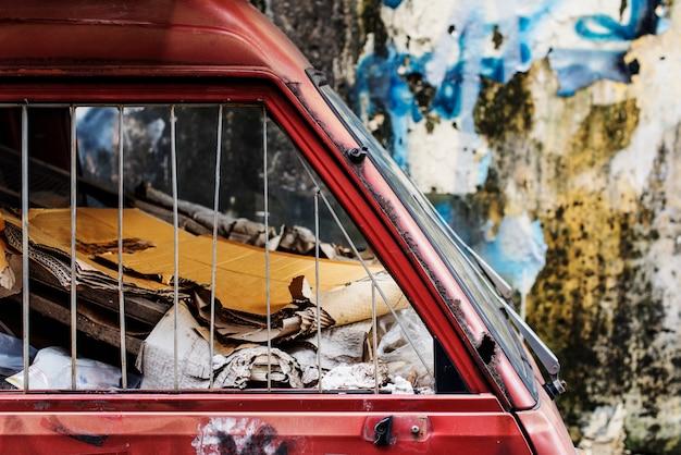 Demolierungs-junkyard-ödland-abfall-rostiges abstraktes konzept Kostenlose Fotos