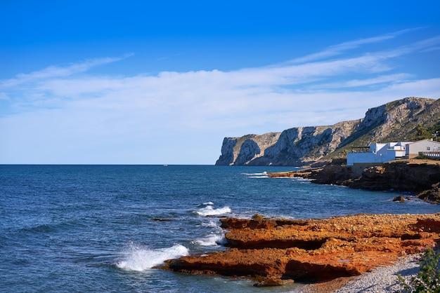 Denia las rotas strand im frühjahr in alicante Premium Fotos