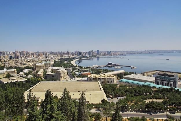 Der blick auf die altstadt von baku, aserbaidschan Premium Fotos
