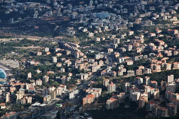 Der blick auf jounieh, libanon Premium Fotos