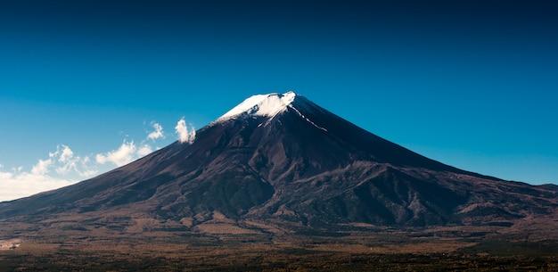 Der fujisan-ansicht von der roten pagode Premium Fotos