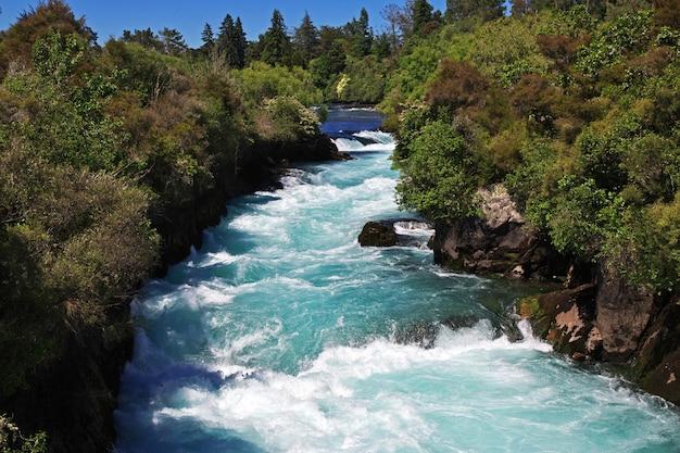 Der huka fällt in neuseeland Premium Fotos