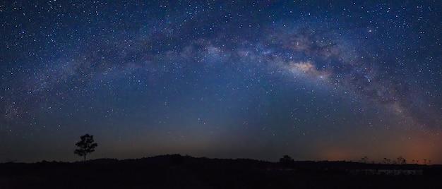 Detail der milchstraße, panoramablick ultrawide 21: 9 auflösung Premium Fotos