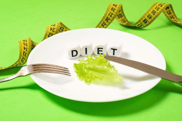 Diät, wiegen verlust, gesunde ernährung, eignungskonzept. Premium Fotos